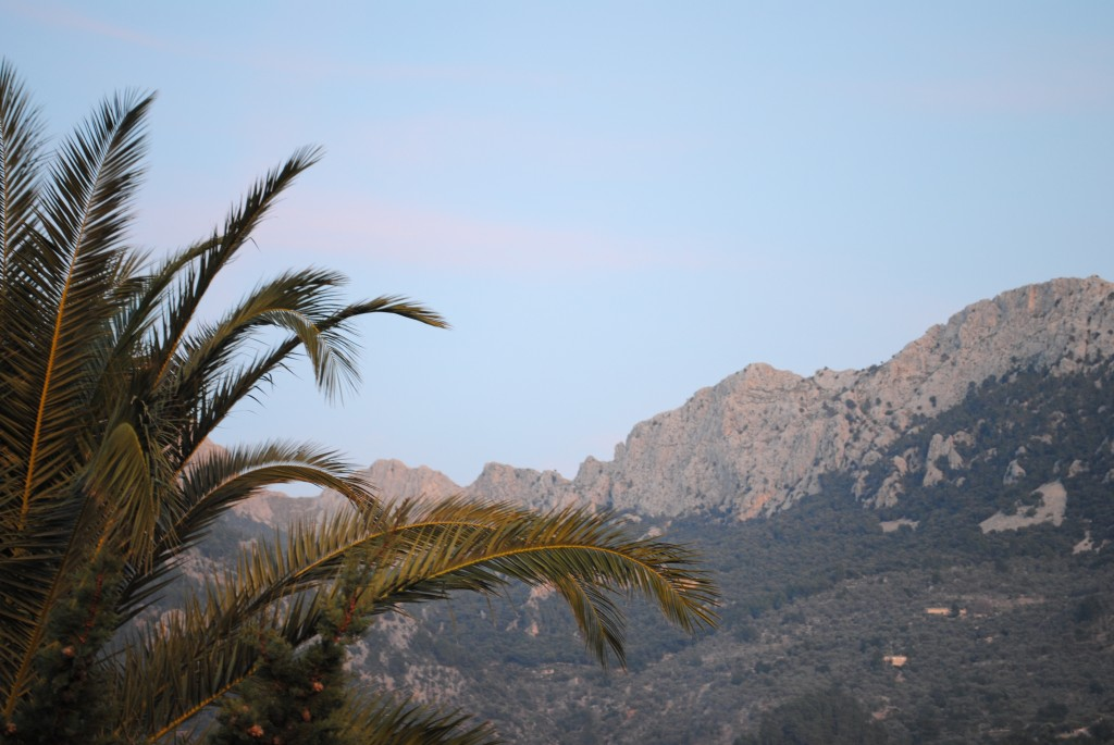 The surrounding Tramontana mountains