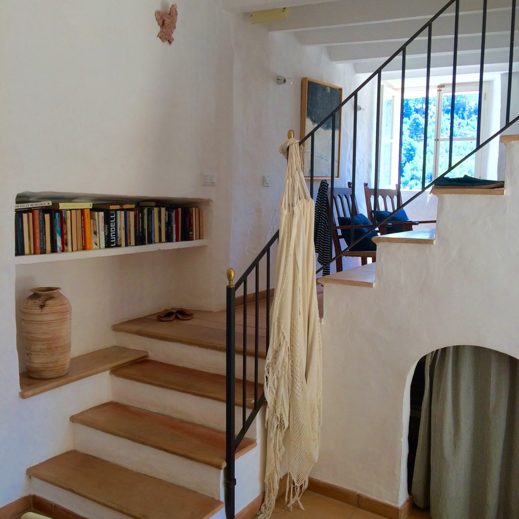 Stairs between kitchen and living room